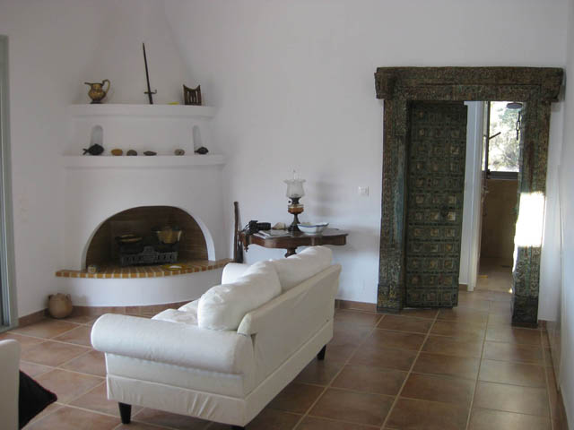 Villa Mikri Fireplace